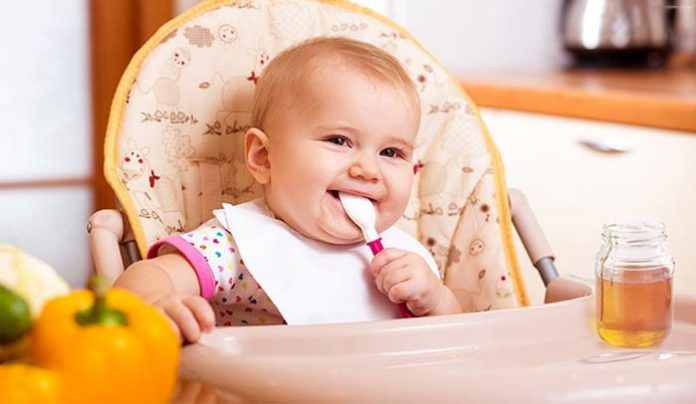 دلایل منع مصرف عسل در کودکان زیر یک سال