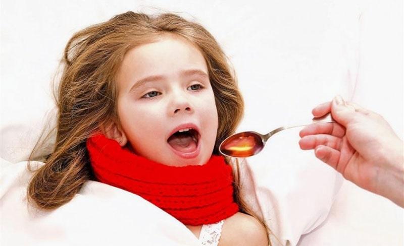 تاثیر تغذیه کودکان با عسل در درمان سرفه