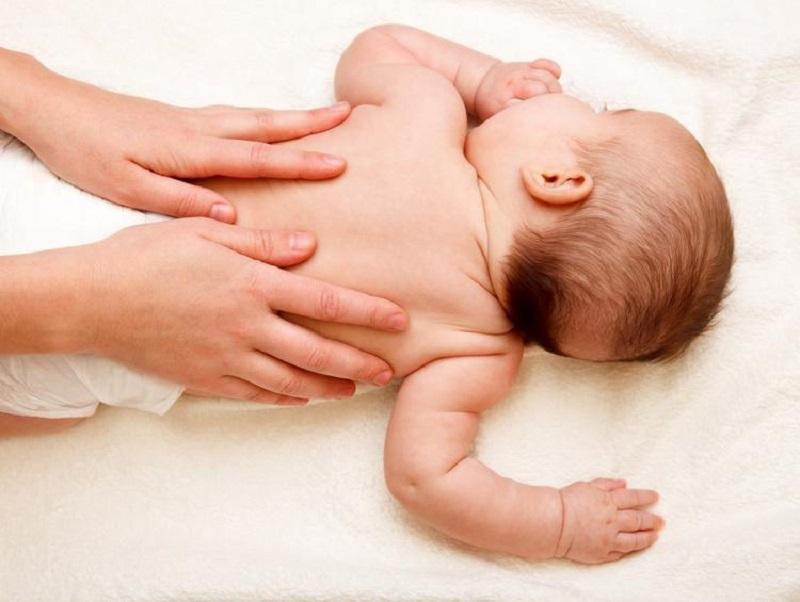 درمان بیماری های نوزادان و کودکان: سوختگی پای نوزادان و کودکان