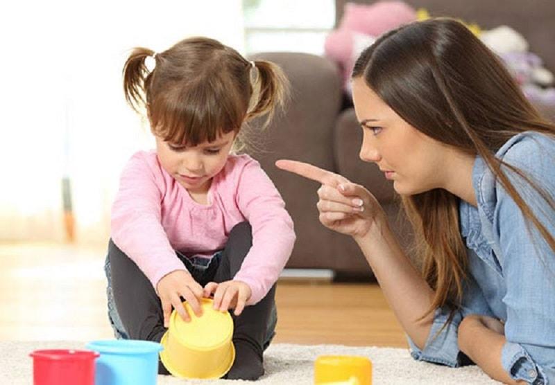 روش محروم کردن موقتی برای تربیت کودک