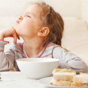کودکانی که صبحانه نمی خورند