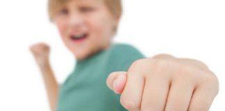 رفتارهای مخرب در کودکان