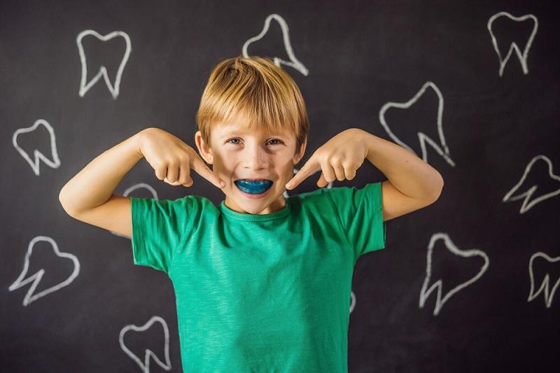 برای رفع دندان قروچه در کودکان انگیزه ایجاد کنید.