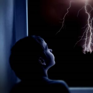 ترس کودکان از رعد و برق