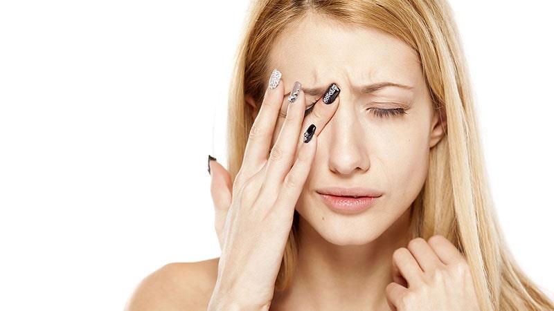 آسیب چشم از برق گرفتگی یا برف