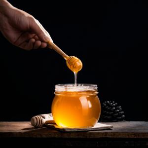نگهداری و انبار کردن عسل