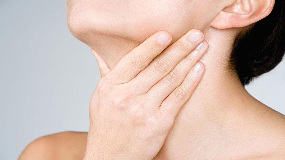 بیماری گلو درد