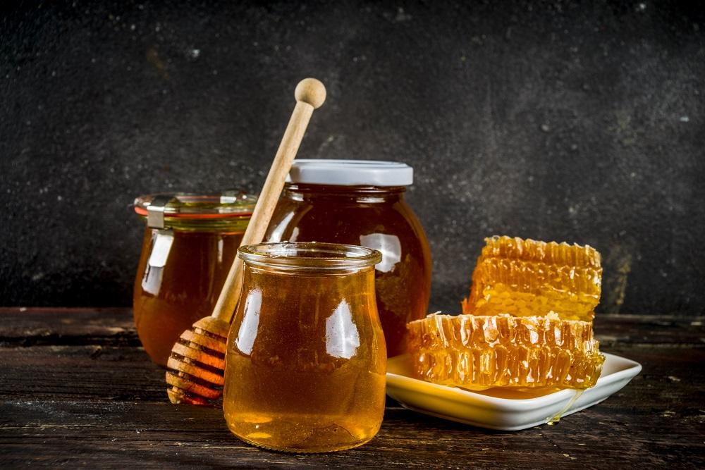 درمان گرفتگی صدا با عسل