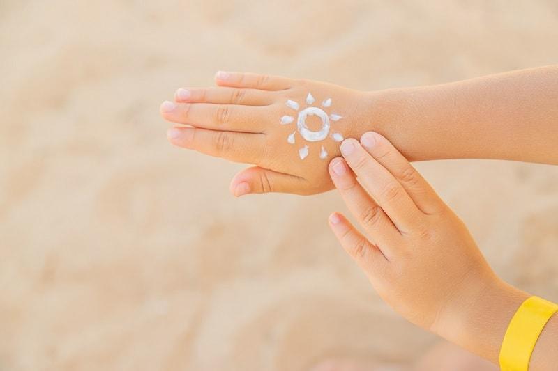 بومادران در بهداشت پوست تاثیرات مثبتی دارد.