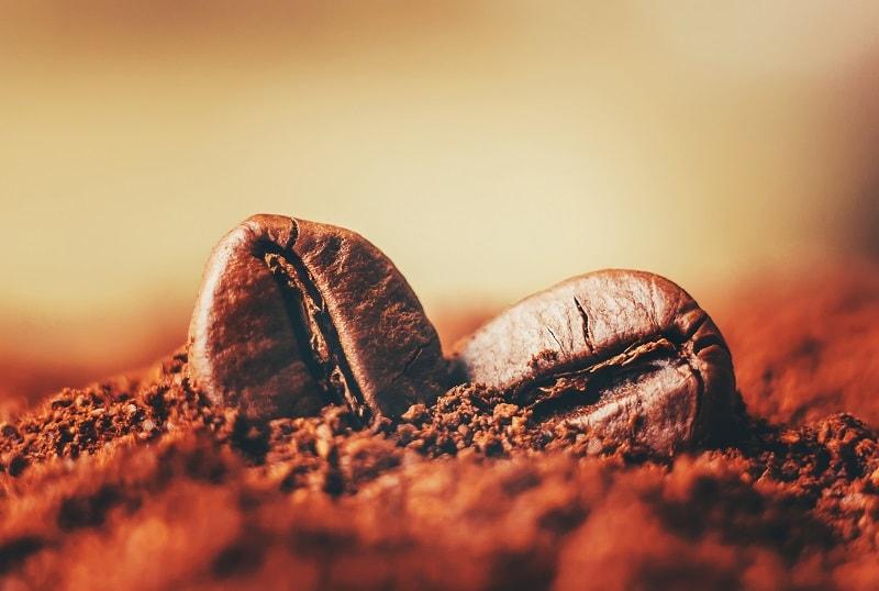 ذرات قهوه دلیلی برای آلرژی خارجی کیسه های هوایی