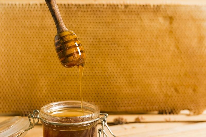 عسل در درمان بیماری های مردانه و مجاری اداری