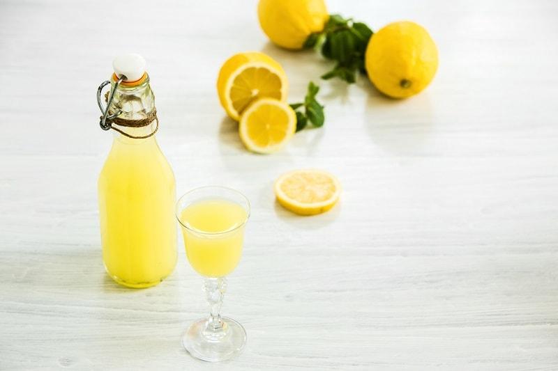 مصرف آب لیمو جهت رفع عطش