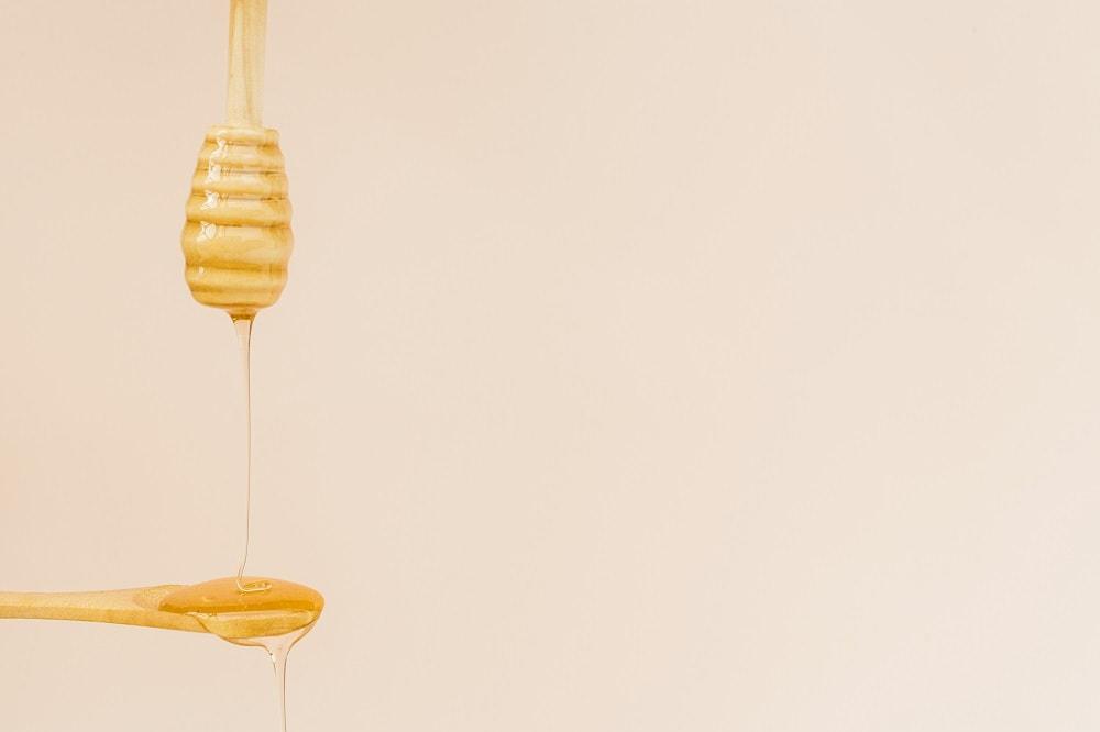درمان بیماری بیضه با عسل
