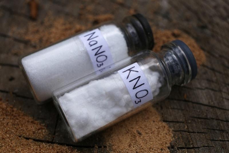 ترکیبات معدنی و ویتامین ها