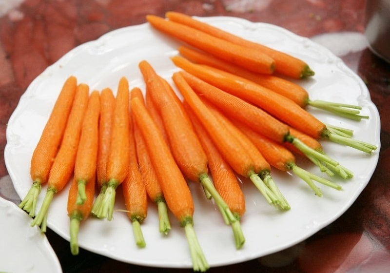خواص و وفور ویتامین های هویج