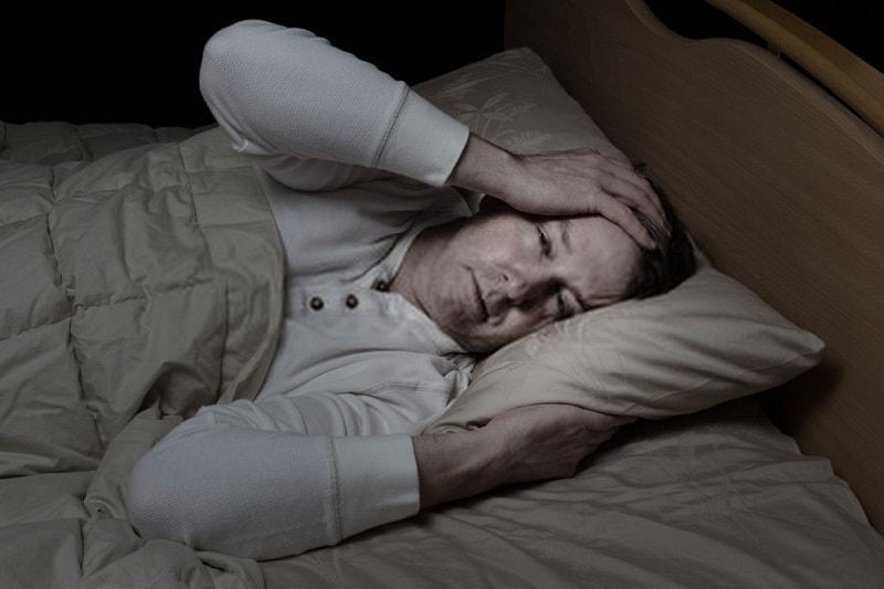 بی خوابی شدید