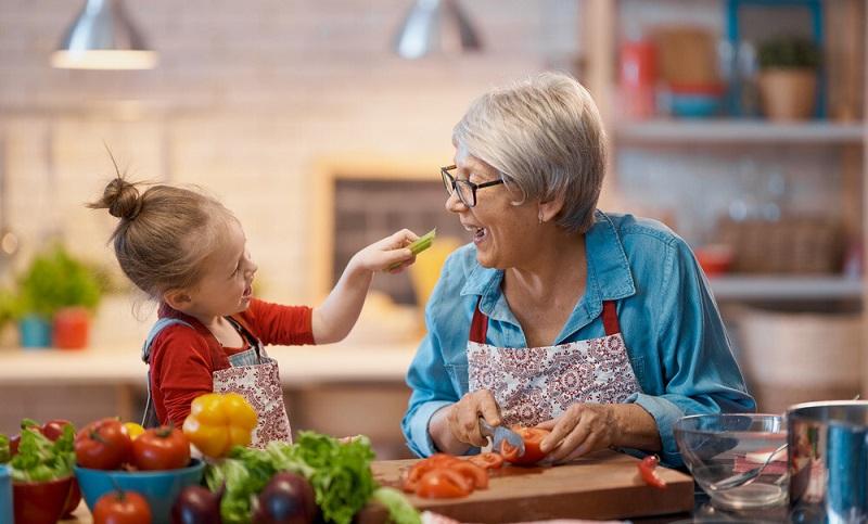 تضمین کردن سلامت و تندرستی خود با میوه خواری