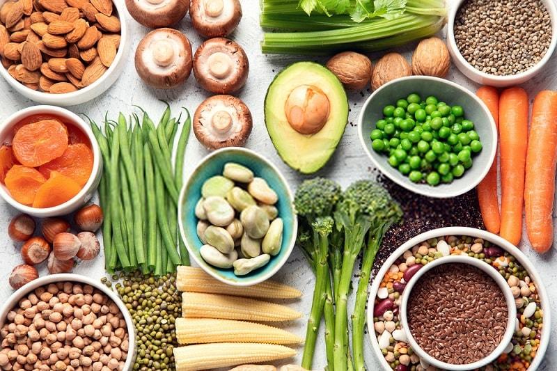 پروتئین ها در خام گیاه خواری