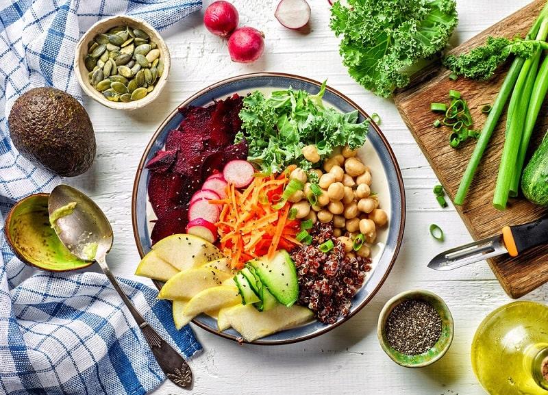 خام گیاه خواری و فواید آن