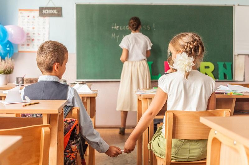 تقلب کردن در مدرسه