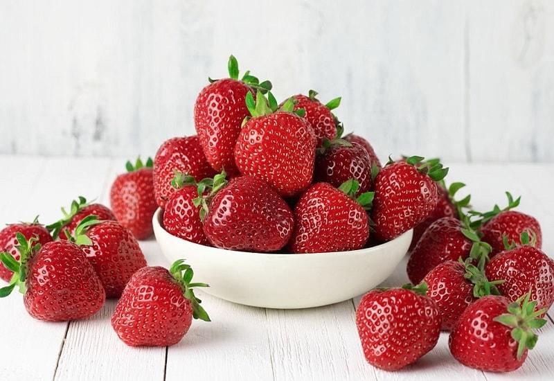 ویتامین های موجود در ترکیبات توت فرنگی